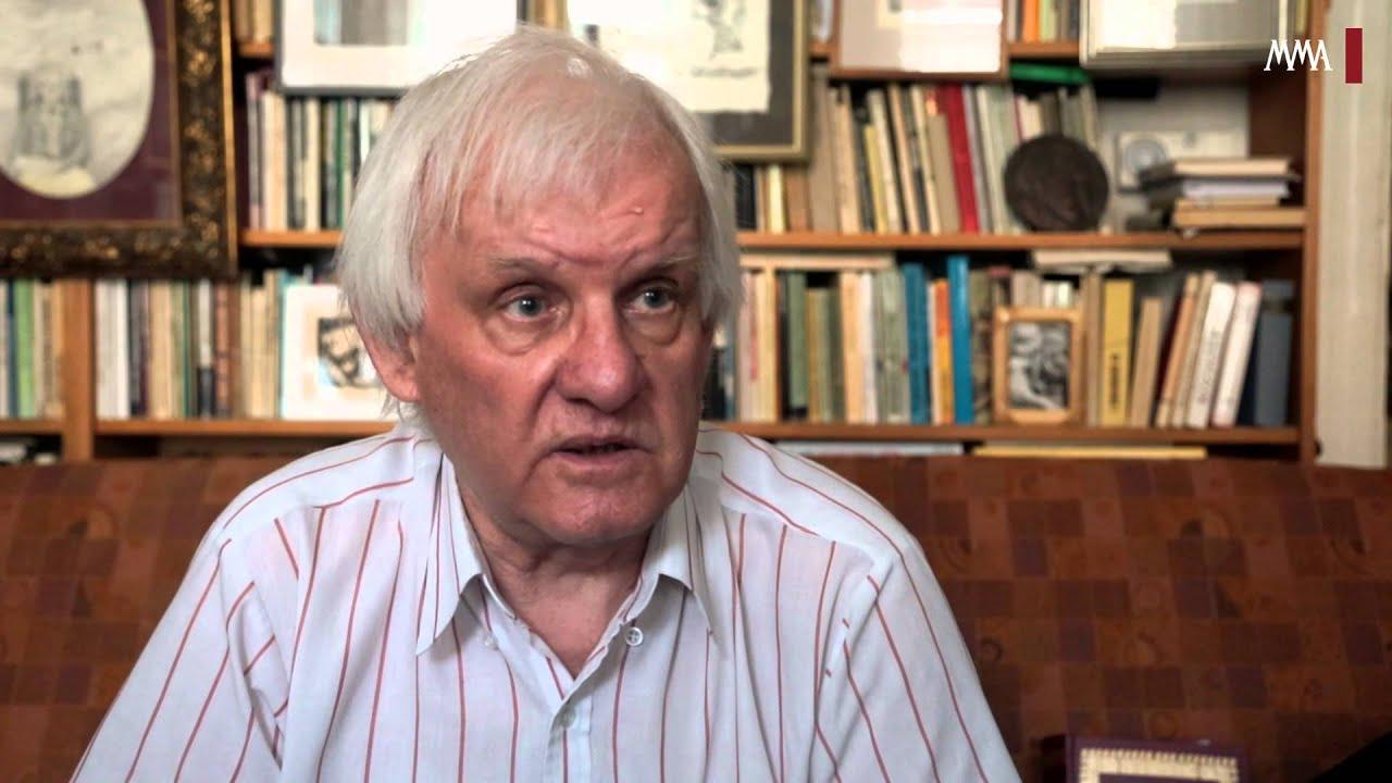 Szakolczay Lajos irodalomtörténész, művészetkritikus